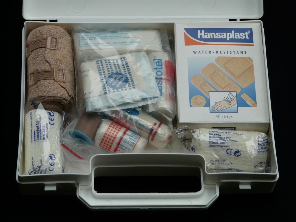 first-aid-kitting